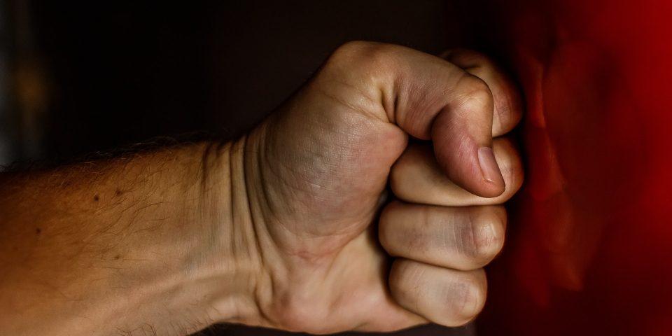 boksen-bokszak-hand